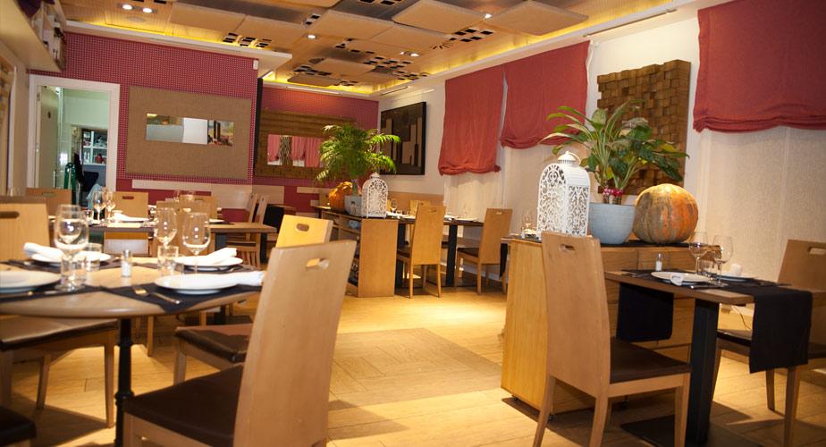 Sala Comedor Restaurante Vinoteca García de la Navarra - Hermanos ...
